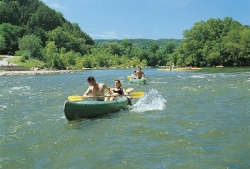 Sport activities Camping La Source - Berrias-Et-Casteljau